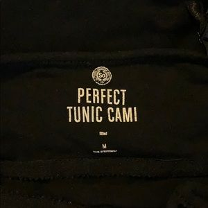 SO Tops - 5 Black So Perfect Tunic Camis Medium